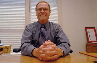 Hollister schools superintendent to retire